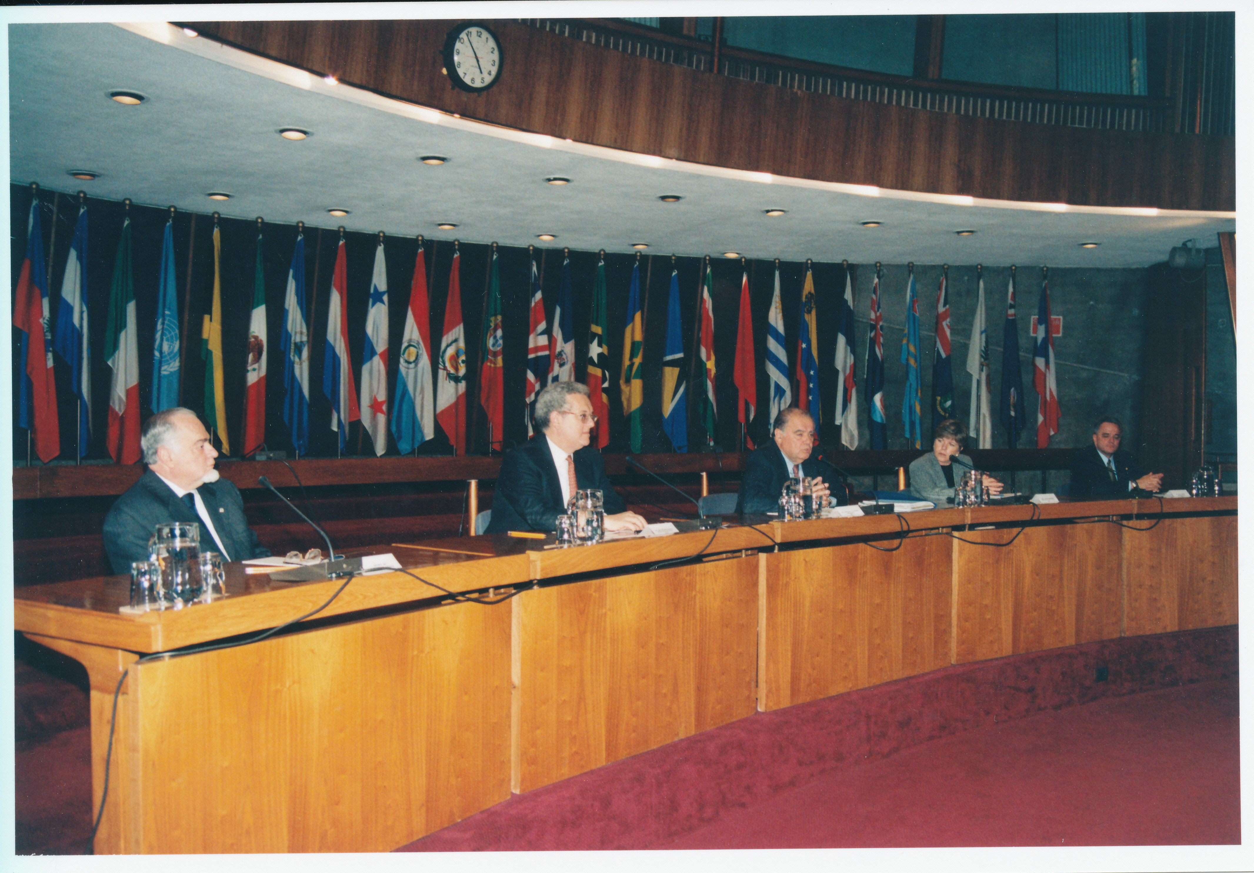 Enrique V. Iglesias rinde homenaje a José Antonio Ocampo  9d991e1952a